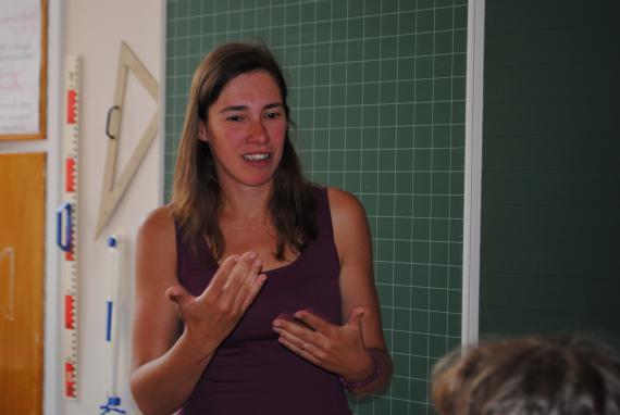 Céline Gobert : « Le plus difficile, c'est d'adapter mon enseignement à des enfants sourds aux profils différents ».
