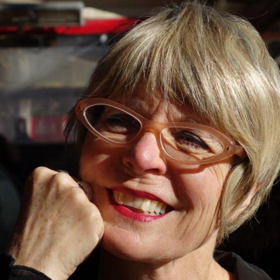 Bernadette Noël : « Le portfolio est un dossier d'apprentissage cumulatif et continu d'indicateurs du cheminement de l'apprenant, sélectionnés et commentés par lui à des fins d'évaluation ».