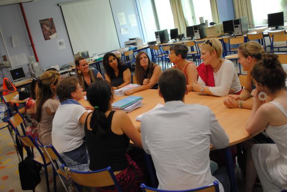 A l'Athénée Gatti de Gamond, on privilégie des groupes de paroles regroupant enseignants débutants et plus expérimentés.