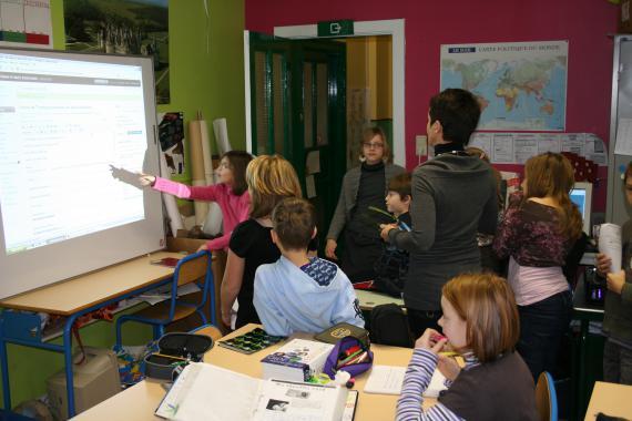 Les enfants orientent leur écrit en fonction de la situation de communication.
