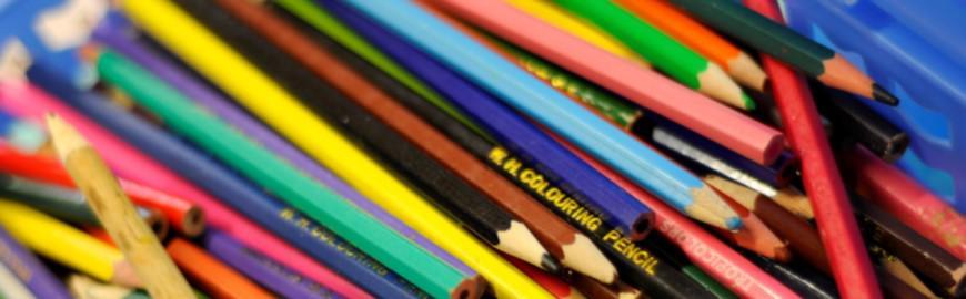 Crayons de couleur  FWB/Olivier Papegnies