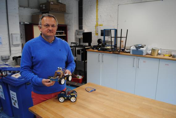 Luc Denis : « Ce projet place les élèves dans la démarche de l'ingénieur ».