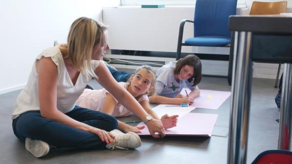 Une immersion dans deux nouvelles écoles bruxelloises ayant opté pour des pédagogies alternatives, à voir au cinéma dès janvier.
